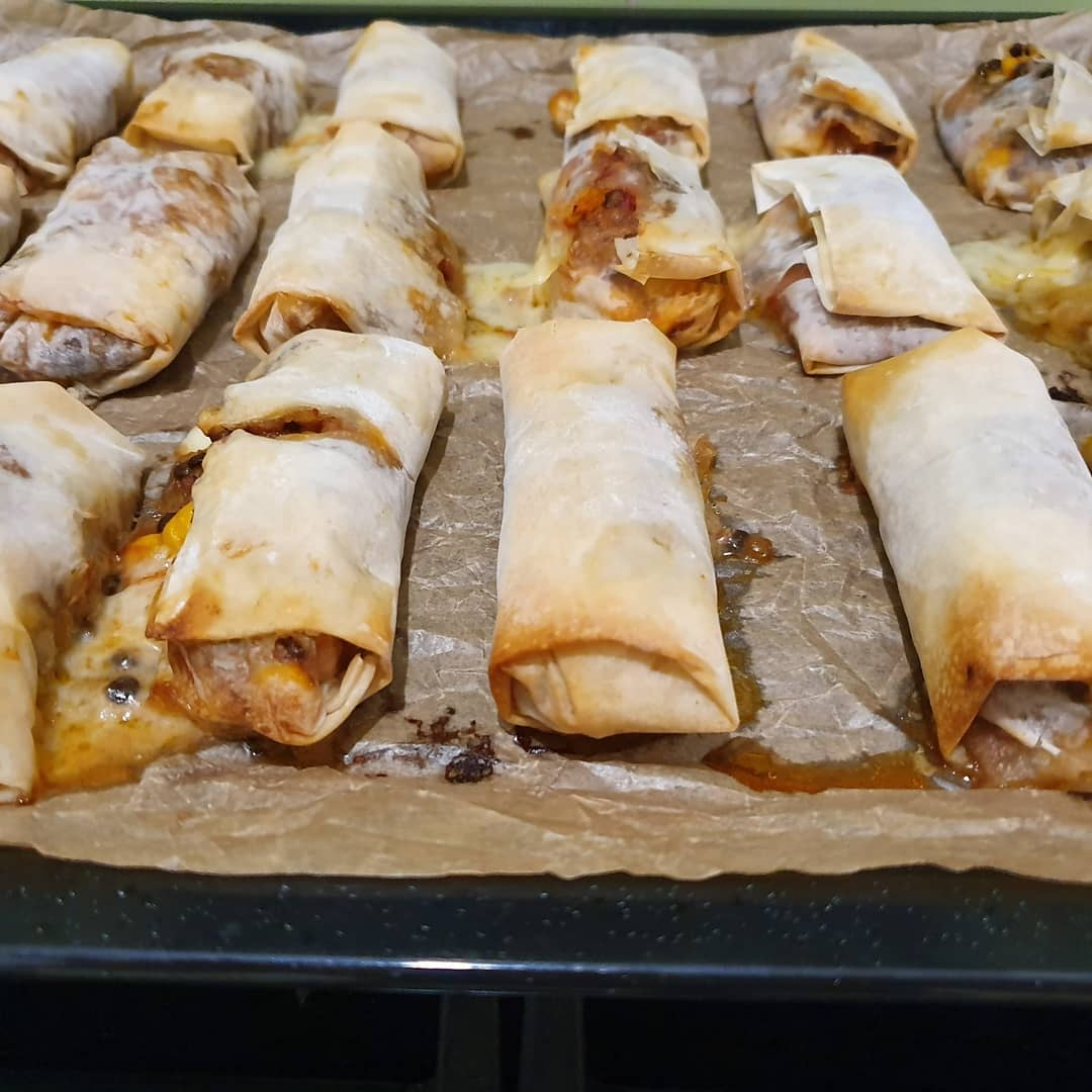 Enchilada-ish 'summer' rolls. The lentels worked great with the mix