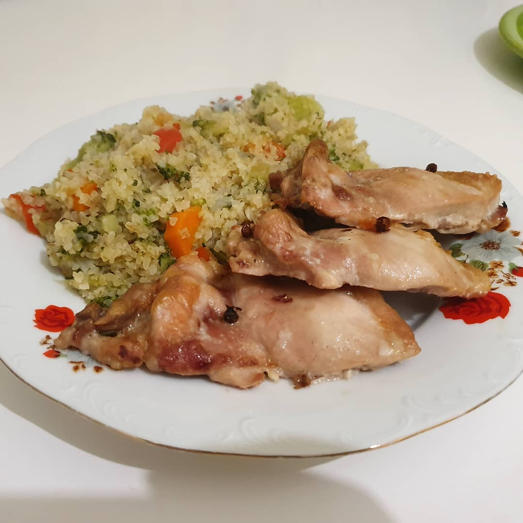 Trying out Ras el Hanout in a vegetable cuscus (onion,
